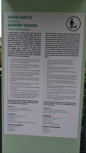 Felújították a városligeti Vakok Kertjét, de a házirendet épp a vakok nem fogják tudni elolvasni FOTÓ KOVÁCS LAJOS, LIGETVÉDŐK TÁRSALGÓ.jpg